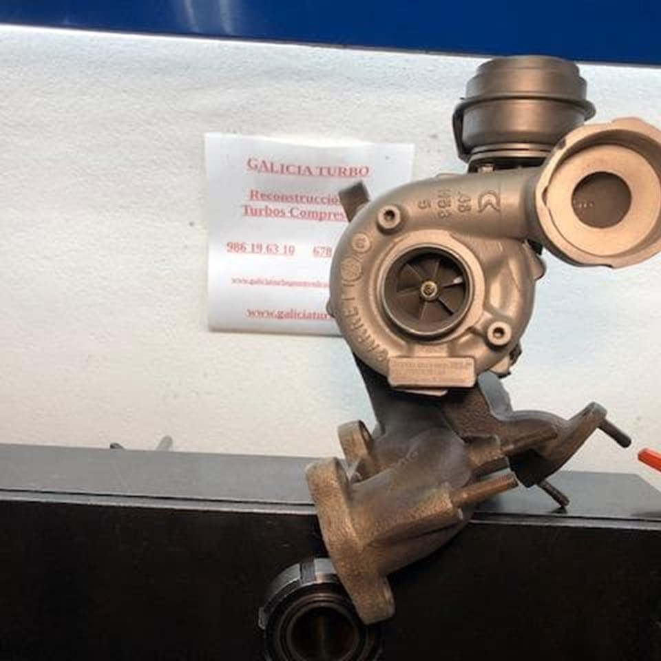 Turbo Audi 1.9 ARL 150CV -- 721021