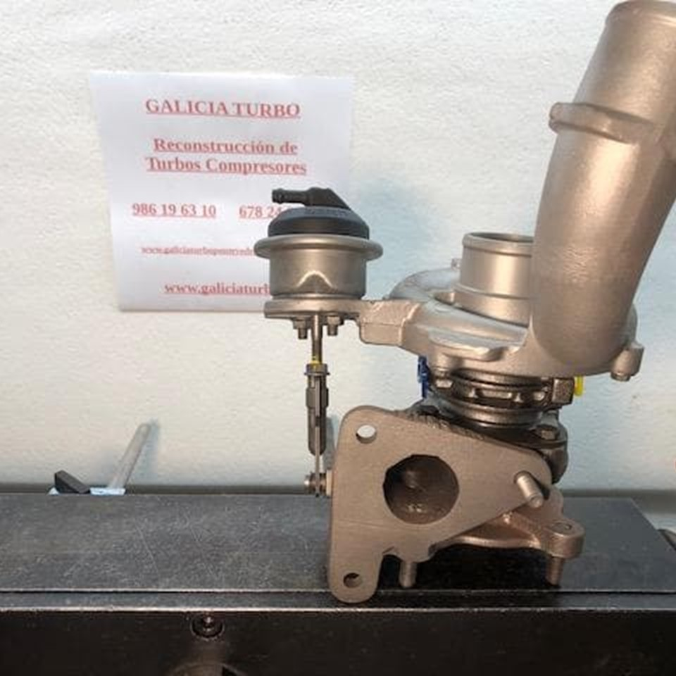 Turbo Opel 1.9 F9QW 100CV -- 717348